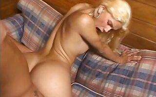 Smooth brazilian blonde fucks guy in the sofa
